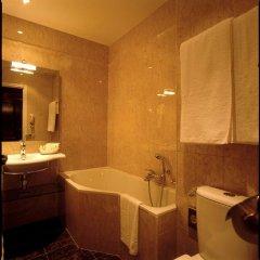 Отель Amarante Beau Manoir Стандартный номер с различными типами кроватей фото 5