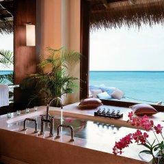 Отель One&Only Reethi Rah 5* Вилла с различными типами кроватей фото 27