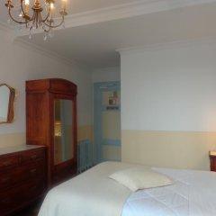 Отель Hôtel Continental 2* Улучшенный номер фото 2