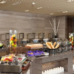 Отель Holiday Inn Express Chengdu West Gate питание фото 2
