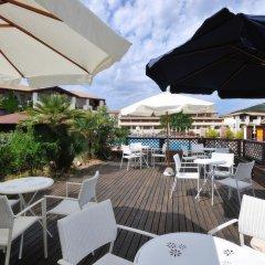 Отель Cala Della Torre Resort Синискола бассейн