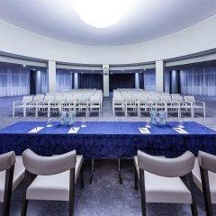 Отель Radisson Blu Majestic Hotel Galzignano Италия, Региональный парк Colli Euganei - отзывы, цены и фото номеров - забронировать отель Radisson Blu Majestic Hotel Galzignano онлайн помещение для мероприятий