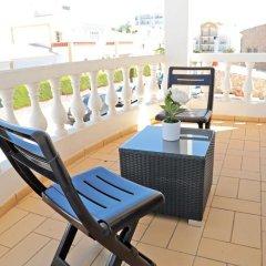 Отель Flow House - Guesthouse Surf Kite Surf School балкон