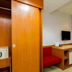 Отель The Win Pattaya сейф в номере
