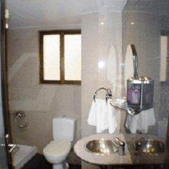 Hotel Niki Piraeus 2* Улучшенный номер с различными типами кроватей фото 4