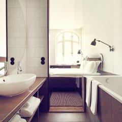 Отель Miss Clara by Nobis Швеция, Стокгольм - отзывы, цены и фото номеров - забронировать отель Miss Clara by Nobis онлайн ванная