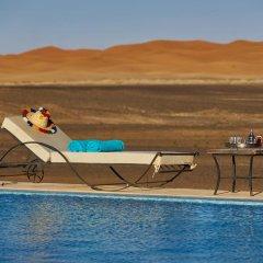 Отель Riad Madu Марокко, Мерзуга - отзывы, цены и фото номеров - забронировать отель Riad Madu онлайн бассейн фото 2