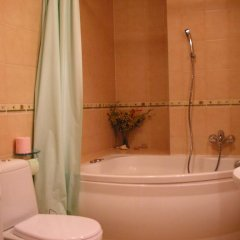 Отель Metro Budget Place - Arkadia City Center ванная фото 2