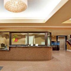 Отель Super 8 Downtown Лос-Анджелес интерьер отеля фото 3