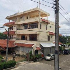 Отель The Little Box House Krabi парковка