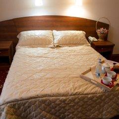 Мини-Отель Аристоль Люкс с различными типами кроватей