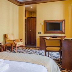 Hotel Cattaro 4* Номер Делюкс с двуспальной кроватью