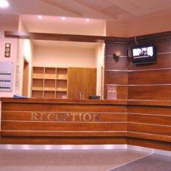 Отель Adeona SKI & SPA Болгария, Банско - отзывы, цены и фото номеров - забронировать отель Adeona SKI & SPA онлайн интерьер отеля