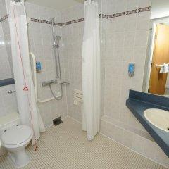 Отель Holiday Inn Express Glasgow City Centre Riverside 3* Стандартный номер с различными типами кроватей фото 13