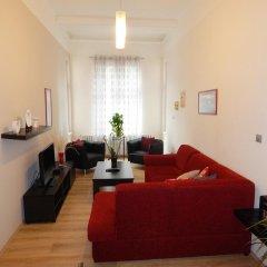 Отель Muna Apartments - Iris Чехия, Карловы Вары - отзывы, цены и фото номеров - забронировать отель Muna Apartments - Iris онлайн комната для гостей фото 5