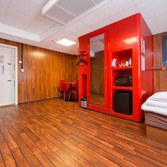 Отель Omena Hotel Yrjonkatu Финляндия, Хельсинки - 9 отзывов об отеле, цены и фото номеров - забронировать отель Omena Hotel Yrjonkatu онлайн интерьер отеля фото 3