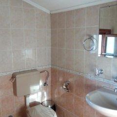 Отель Guest House Lorian Номер с общей ванной комнатой