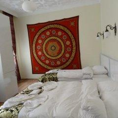 Отель Tulip Guesthouse 2* Стандартный семейный номер с двуспальной кроватью фото 4