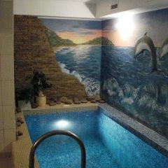Love Hotel Banjka бассейн фото 3