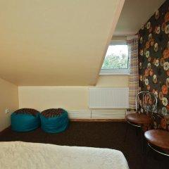 Отель Sleep In BnB 3* Стандартный номер с двуспальной кроватью (общая ванная комната) фото 10