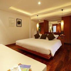 Отель La Flora Resort Patong 5* Номер Делюкс двуспальная кровать фото 3