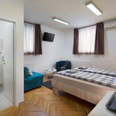 Hostel Bureau Номер Делюкс с различными типами кроватей фото 11