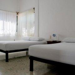 Отель Hostal Haina Мексика, Канкун - отзывы, цены и фото номеров - забронировать отель Hostal Haina онлайн комната для гостей