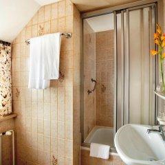 Отель Hahn Hotel Германия, Мюнхен - 3 отзыва об отеле, цены и фото номеров - забронировать отель Hahn Hotel онлайн ванная фото 2