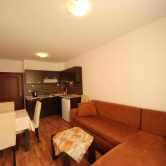Апартаменты Menada Diamant Residence Apartments Солнечный берег комната для гостей