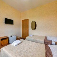 Гостиница Кузбасс комната для гостей фото 3