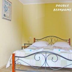 Отель Red Fox Guesthouse Стандартный номер с двуспальной кроватью (общая ванная комната) фото 6