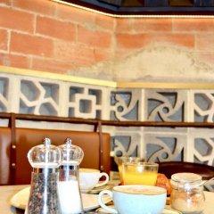 Отель Apartamentos Wallace Valencia Валенсия питание фото 3