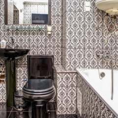 Гостиница Romantic In Lviv 500m From Opera ванная фото 2