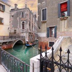 Отель Charming House Iqs Италия, Венеция - отзывы, цены и фото номеров - забронировать отель Charming House Iqs онлайн балкон