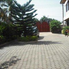 Отель Osda Guest House парковка