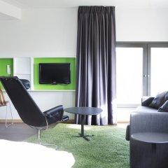 Comfort Hotel RunWay 3* Стандартный семейный номер с двуспальной кроватью фото 8