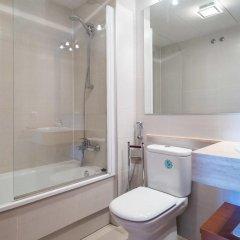 Отель Mil.leni Ii 3171 Курорт Росес ванная
