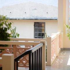 Отель Han Thuyen Homestay 3* Улучшенный номер с различными типами кроватей фото 3