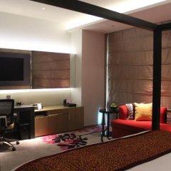 Wongtee V Hotel 5* Номер Делюкс с различными типами кроватей