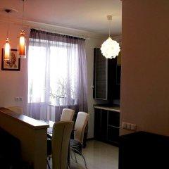 Гостиница Nadiya Apartments 1 Украина, Сумы - отзывы, цены и фото номеров - забронировать гостиницу Nadiya Apartments 1 онлайн комната для гостей фото 3