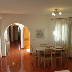Отель Villa MarÍa Кала-эн-Бланес в номере фото 2