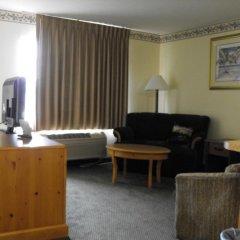 Отель Americas Best Value Inn Three Rivers 2* Люкс с различными типами кроватей фото 3