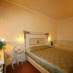 Отель B&B Relais Tiffany 3* Стандартный номер с различными типами кроватей фото 3