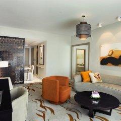 Отель Hilton Capital Grand Abu Dhabi 5* Улучшенный люкс с различными типами кроватей фото 2