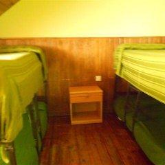 Отель Alberg Toni Sors Кровать в общем номере двухъярусные кровати фото 7