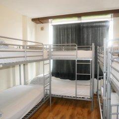 Отель Kensal Green Backpackers 1 Кровать в общем номере с двухъярусной кроватью фото 3