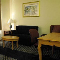 Отель Americas Best Value Inn Three Rivers 2* Люкс с различными типами кроватей фото 2