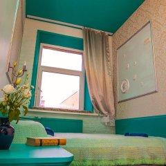 Мини-отель Pro100Piter Стандартный семейный номер с разными типами кроватей (общая ванная комната)