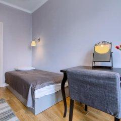 Отель Chopin Apartment Warsaw - Old Town Польша, Варшава - отзывы, цены и фото номеров - забронировать отель Chopin Apartment Warsaw - Old Town онлайн комната для гостей