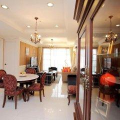 Апартаменты Central Bangkok 2+1 Bedroom Apartment on Soi 18 Бангкок питание фото 2